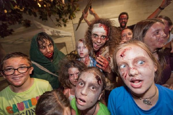 Desfile zombi Sant Cugat Fantàstic 2017