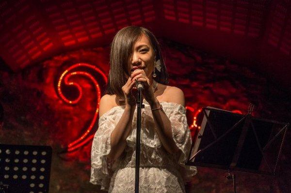 Fesnits 2017 - Concierto de Zǎo en la Jazz Cava
